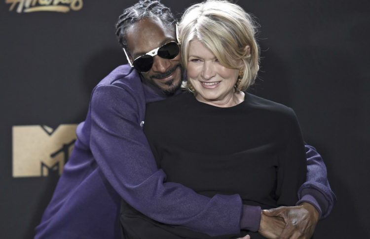 Pharm to Table? Martha Stewart to Become Cannabis Adviser