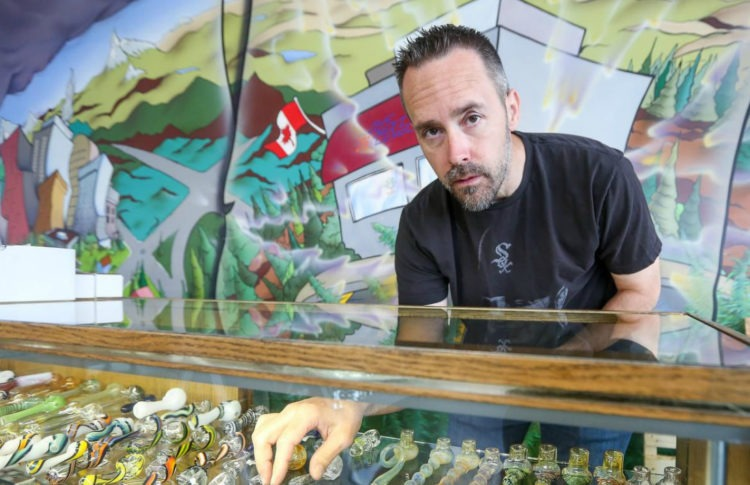 Head Shops Left Behind by Cannabis Legalization Worry for Their Future