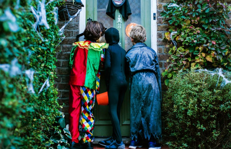 The Halloween Tale of Marijuana Handed Out to Trick-or-Treaters is as Real as a Ghost Story