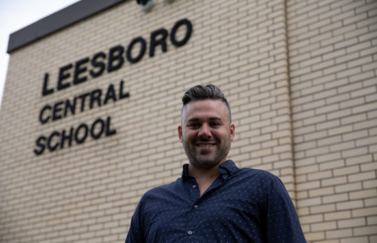 Former Student Converts Thorndale, Ont. School to Grow Cannabis