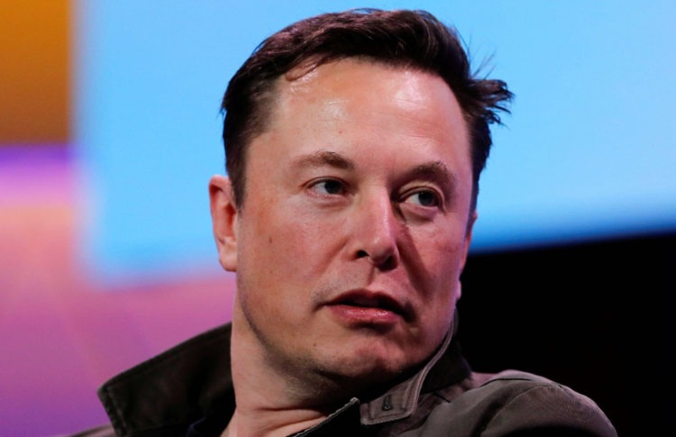 Elon Musk Teases Twitter With an Obscure Tweet Before Defending Marijuana Dealing