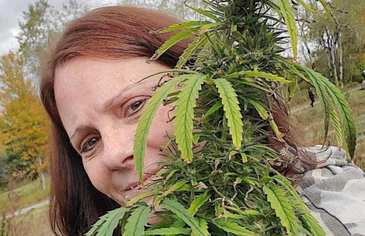 Marijuana Mom Petitions NJ Gov For Rec License, Fears Small Businesses Will Be Overlooked