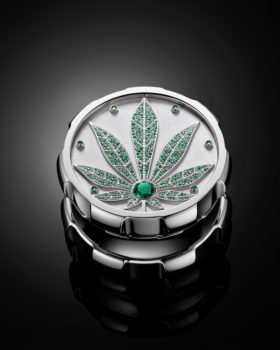 Fine Cut Your Weed with Diamonds